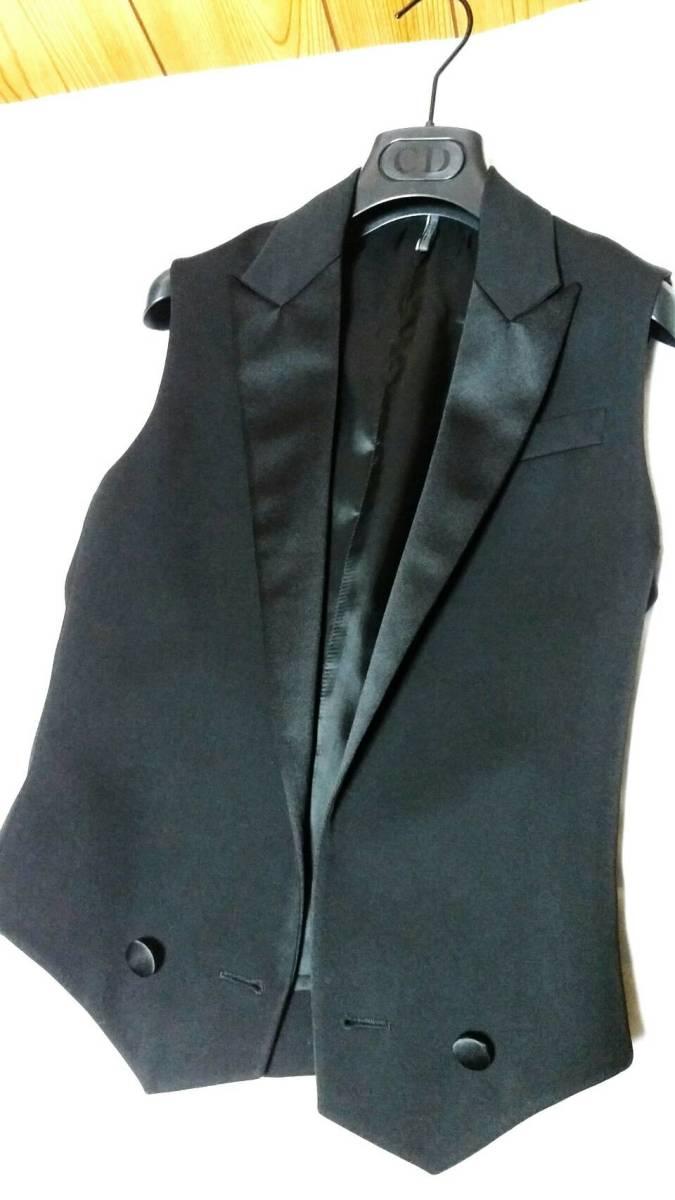 国内正規新古 Dior Hommeディオールオム スモーキングラペルジレ黒 ピークド光沢ラペルブラックベスト 最小38 XXS ジャケット以上の存在感!_画像5