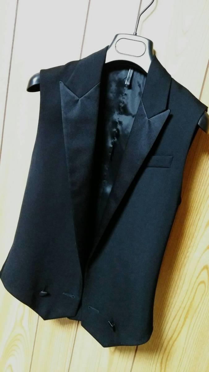 国内正規新古 Dior Hommeディオールオム スモーキングラペルジレ黒 ピークド光沢ラペルブラックベスト 最小38 XXS ジャケット以上の存在感!_画像4