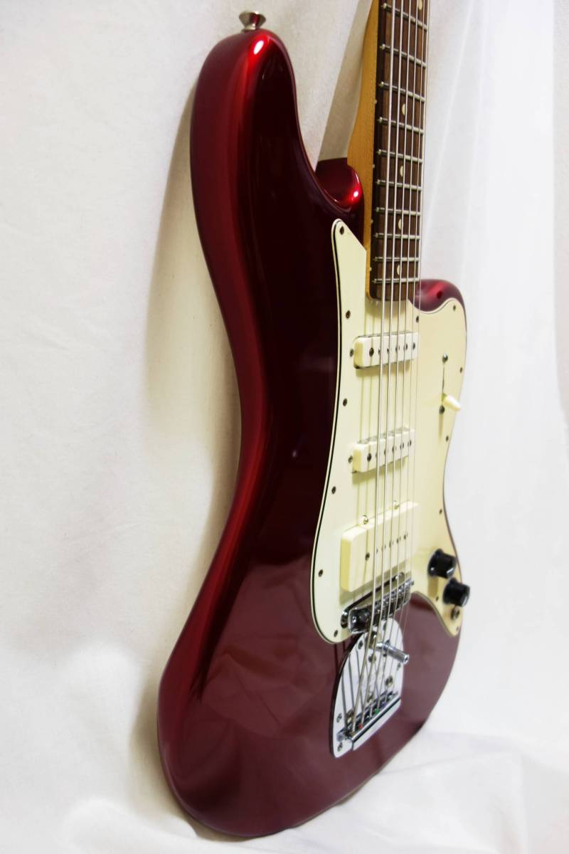 ★レア!Fender Pawn Shop Bass VI バリトン キャンディアップルレッド 生産終了品モデル 美品 H-1702_画像7