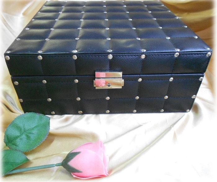 黒い合皮のジュエリーボックス アクセサリーボックス 飾り箱 L_Black Artificial Leather Box L