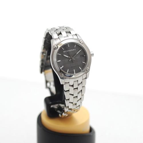 バーバリー/BU1851 ニュー ヘリテージ レディース腕時計/腕周り14cm/小さめ/グレー文字盤/電池交換&ライトポリッシュ済み(4530)_画像4
