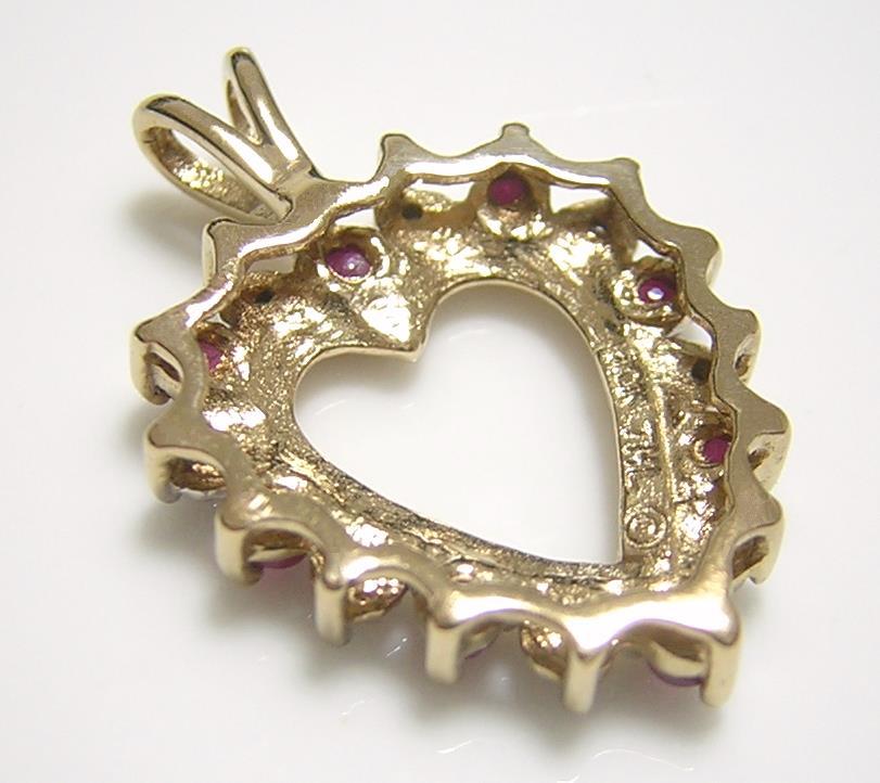 10K『天然ルビー』『天然ダイヤモンド』ハート型 ペンダントトップ ネックレス 10金イエローゴールド_画像3