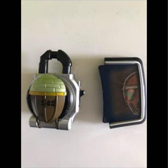 DXドングリロックシード グリドン フェイスプレート (DXロックシード ブラーボ&グリドンセット 付属品)仮面ライダー鎧武 ディズニーグッズの画像
