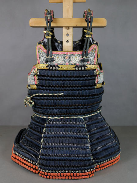 江戸期本物保証 鉄本小札丸胴 甲冑 武具 具足 鎧 兜
