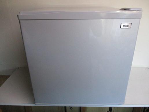 【消費税なし・最高級美中古品】JF-NU40G/ハイアール/HAIER/冷凍庫/38L/前開き式/16年製