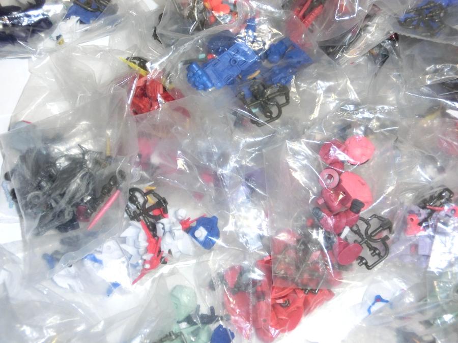 ガシャポン戦士 NEXT 大量セット 袋未開封 約200個 ガンダム ユニコーン グフ ザク マゼラ・アタック オッゴ ボール フィギュア UC_画像3