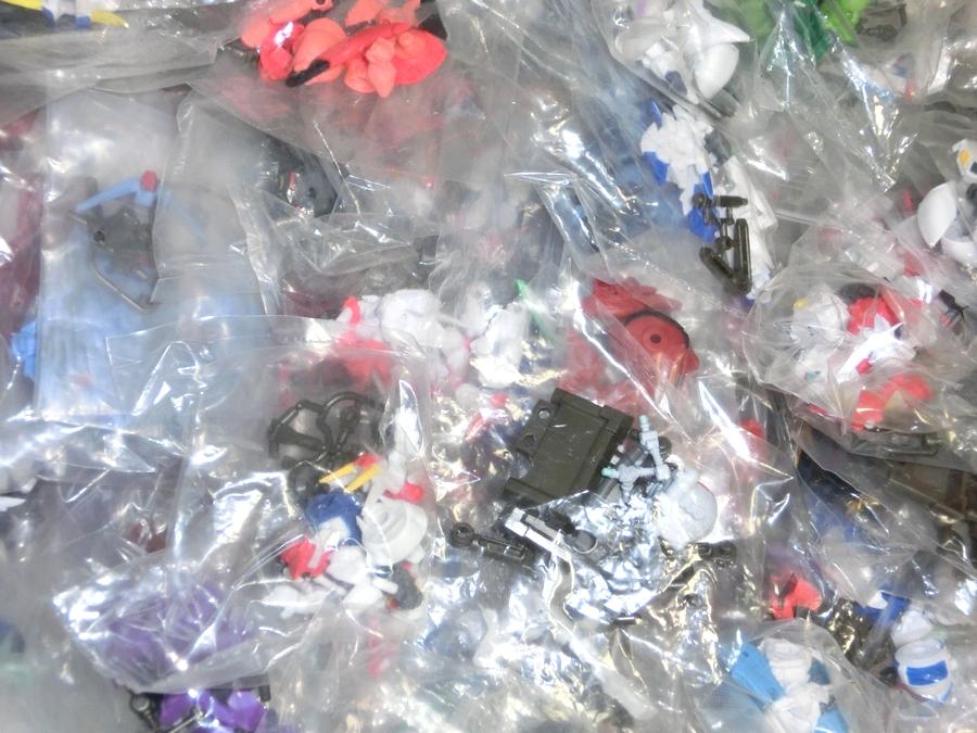 ガシャポン戦士 NEXT 大量セット 袋未開封 約200個 ガンダム ユニコーン グフ ザク マゼラ・アタック オッゴ ボール フィギュア UC_画像4