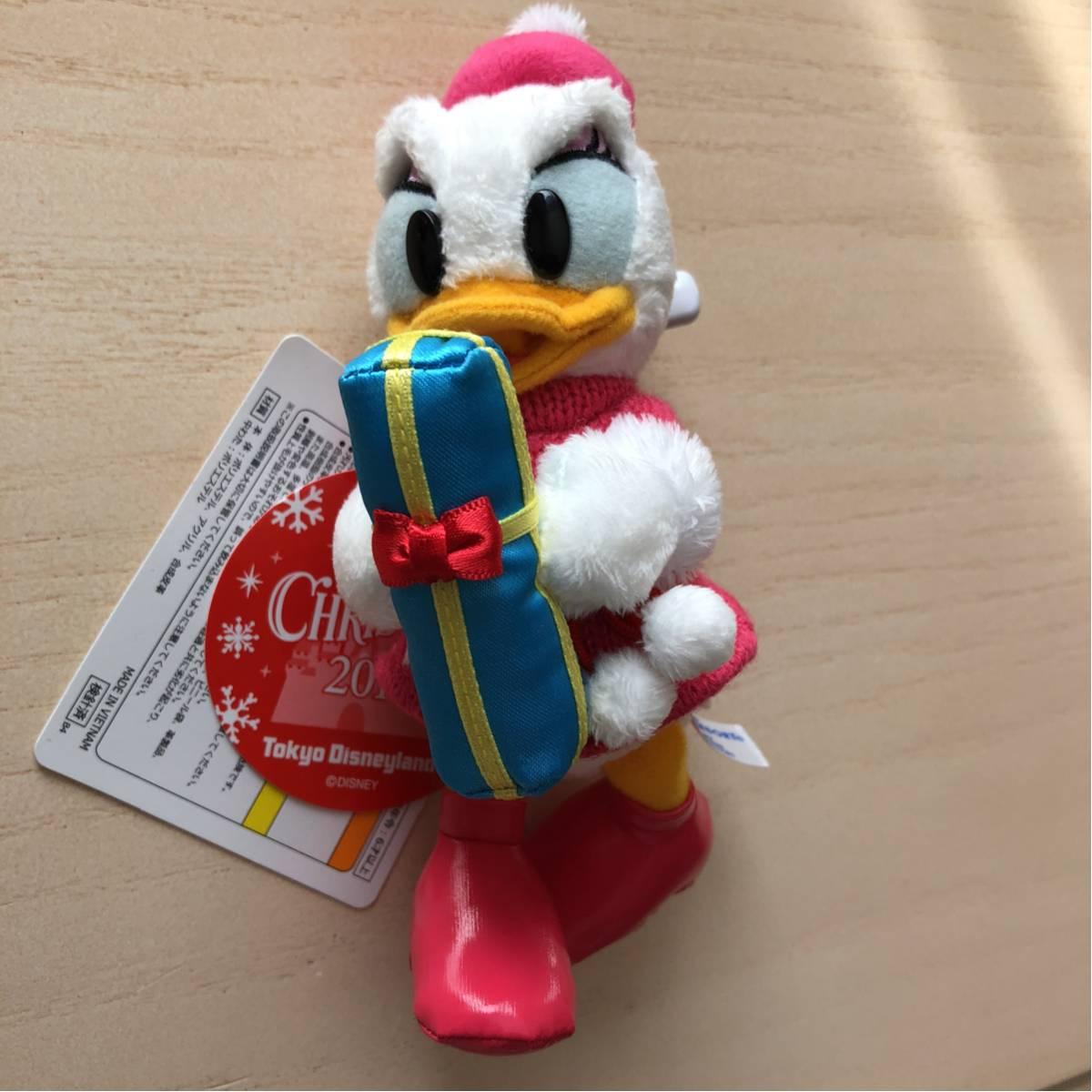 TDL ディズニー クリスマス2017 デイジー ぬいぐるみバッチ ディズニーグッズの画像