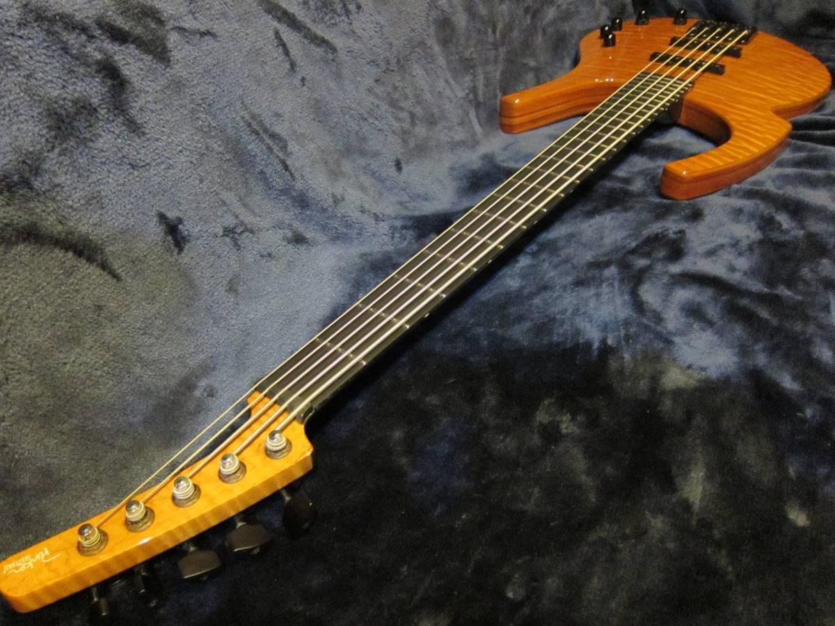 即決☆Parker Fly Bass FB5☆入手困難激レア5弦モデル♪純正ギグバッグ付!_画像6