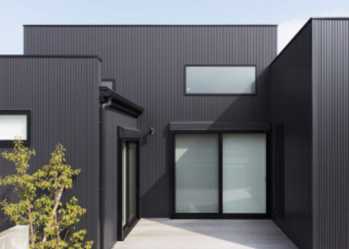 ★金属サイディング SF-ガルスパンJ 外壁材 長さ4000×働き幅396×厚さ15mm 6枚入(2.88坪) 縦張り 横張り_画像4