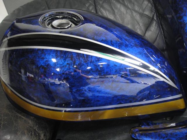 ゼファー400 750 1100 外装 キャンディ塗装 ラップ塗装 塗装依頼 カスタムペイント_画像3