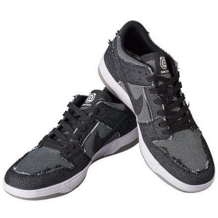 【新品未使用】29㎝ Nike SB × BE@RBRICK Dunk Low ELITE ベアブリック ナイキ ダンク_画像2
