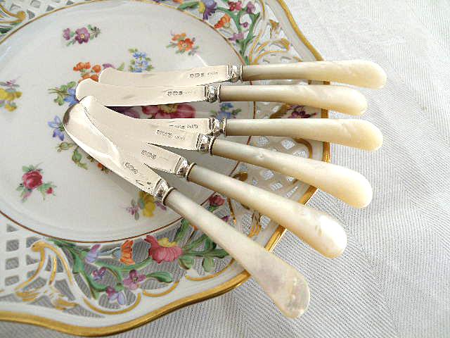 英国 純銀製 白蝶貝のティーナイフ 6本セット 箱入り