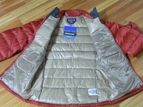パタゴニア メンズ フィッツロイダウンジャケット 84585 XSサイズ(日本S相当) 新品即決 レッド 赤 patagonia Mens Fitz Roy Down Jacket_画像3
