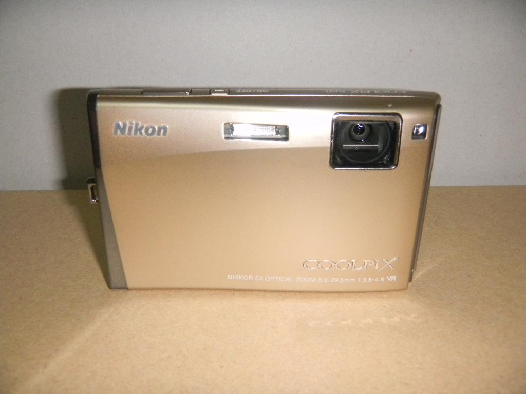 ニコン NIKON クールピクス COOLPIX S60 中古良品 動作品
