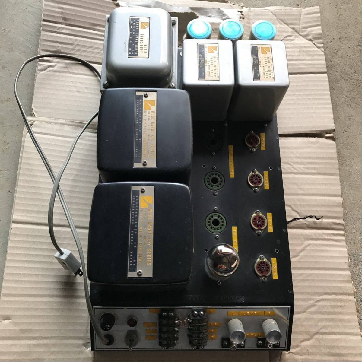 真空管 NEC 6C-A10 PP OY-36-5K LUX 写真の真空管はヒーター確認用なので付属しないですが プレゼントで6C-A10 1個付属しますジャンク品_画像3