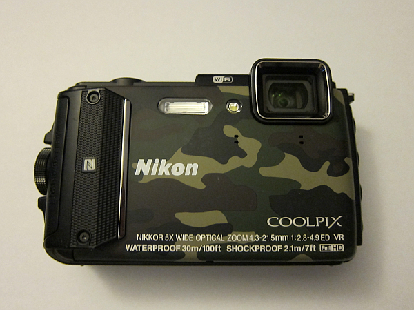 Nikon COOLPIX AW130 完全防水アウトドアデジタルカメラ Wi-Fi機能付 16メガピクセル 中古品 ダイビング アウトドア 現場撮影にもオススメ