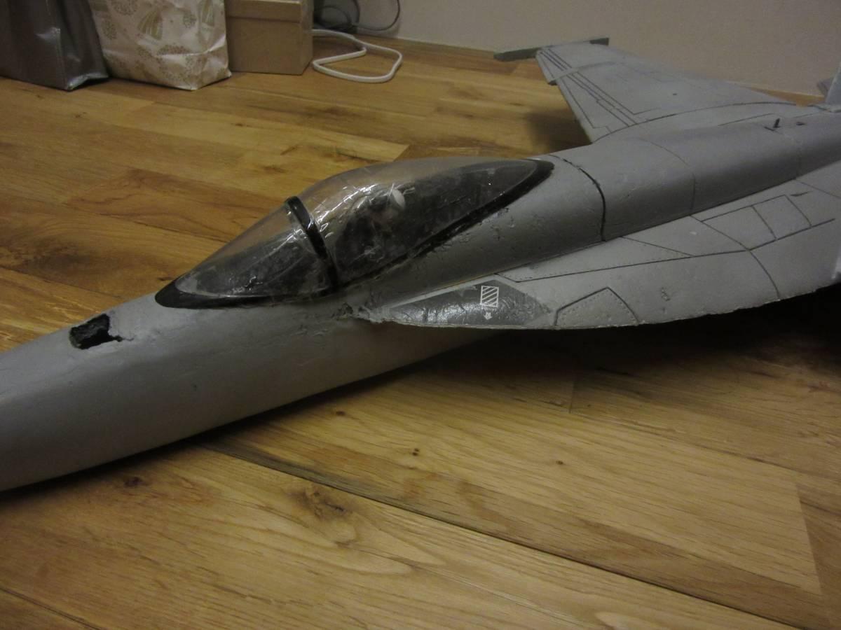 ジャンク商品 F18 部品取と改造にどうぞ_画像2