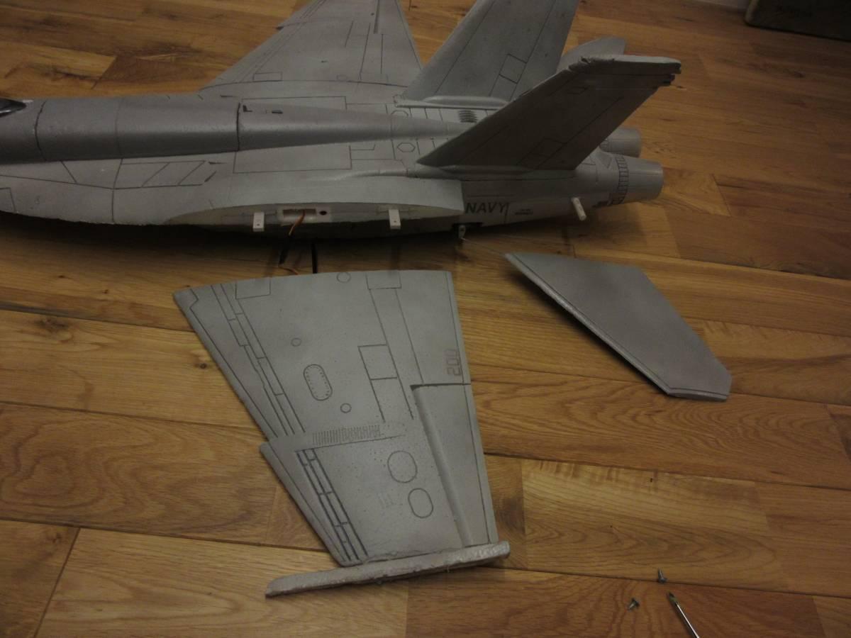 ジャンク商品 F18 部品取と改造にどうぞ_画像7