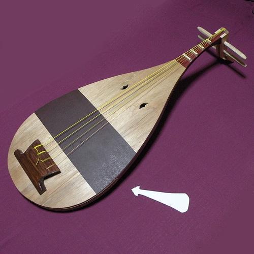 楽琵琶(がくびわ)・手作りレプリカ【雅楽器 雅楽用品】
