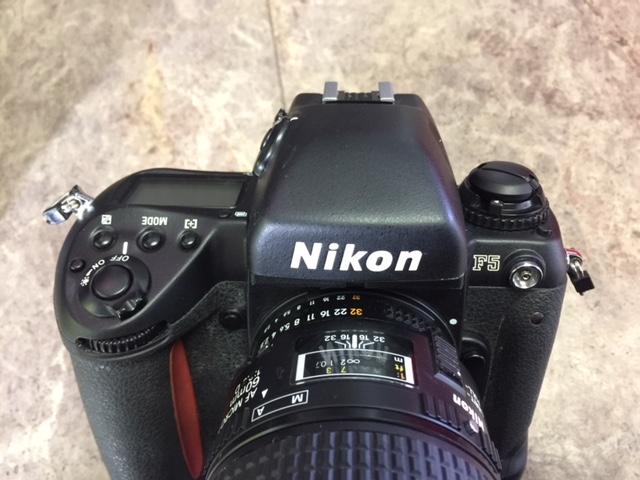 (M1955)ジャンク  Nikon ニコン 一眼レフ F5 AS-14+SB-21_画像6
