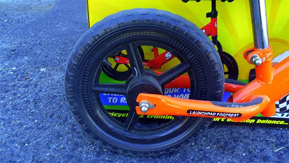 ストライダーSTRIDER ペダル無し自転車 キッズバランスバイク 中古美品_画像5