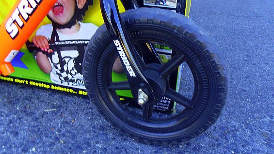 ストライダーSTRIDER ペダル無し自転車 キッズバランスバイク 中古美品_画像4