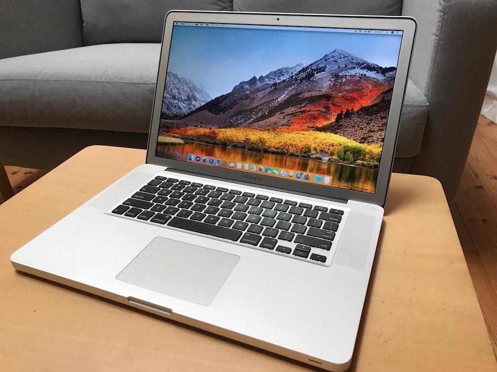 MacBook Pro 15-inch Late2011 CTOモデル / Core i7 2.5GHz / 6GB / 320GB / US Keyboard