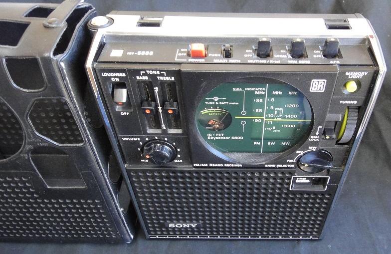 ★ SONY ICF-5600 FM/AM (FM.SW.MW) 3BAND RECEIVER. 【中古品】_画像3