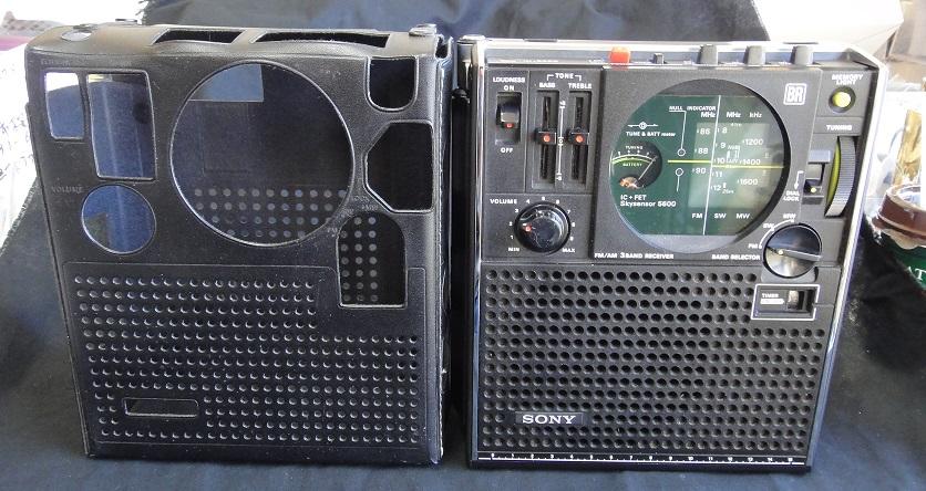 ★ SONY ICF-5600 FM/AM (FM.SW.MW) 3BAND RECEIVER. 【中古品】_画像2