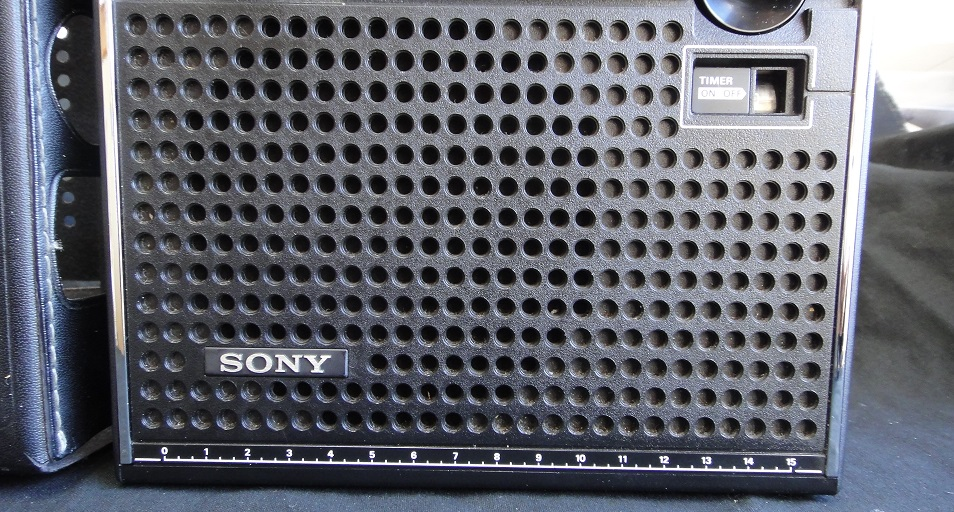 ★ SONY ICF-5600 FM/AM (FM.SW.MW) 3BAND RECEIVER. 【中古品】_画像6