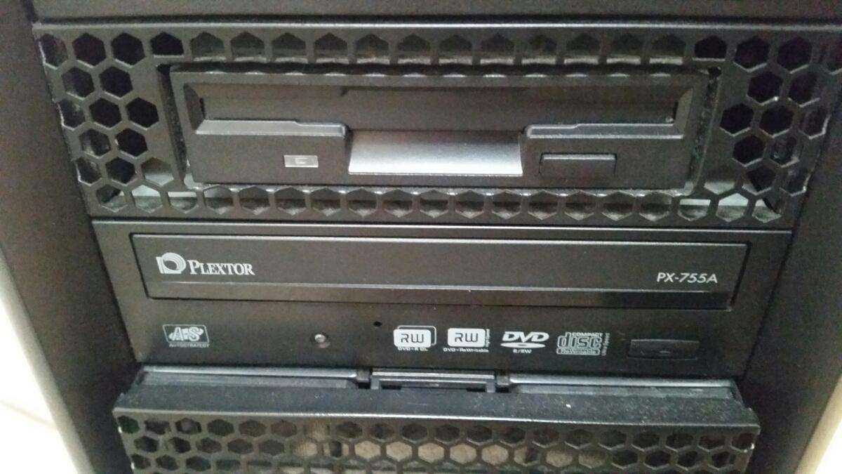 『まとめて』ANTEC PCケース Nine Hundred ATXミドルタワー DDR3 6GB ASUS P6T GEFORCE GTX200 TX650W PLEXTOR PX-755A_画像2