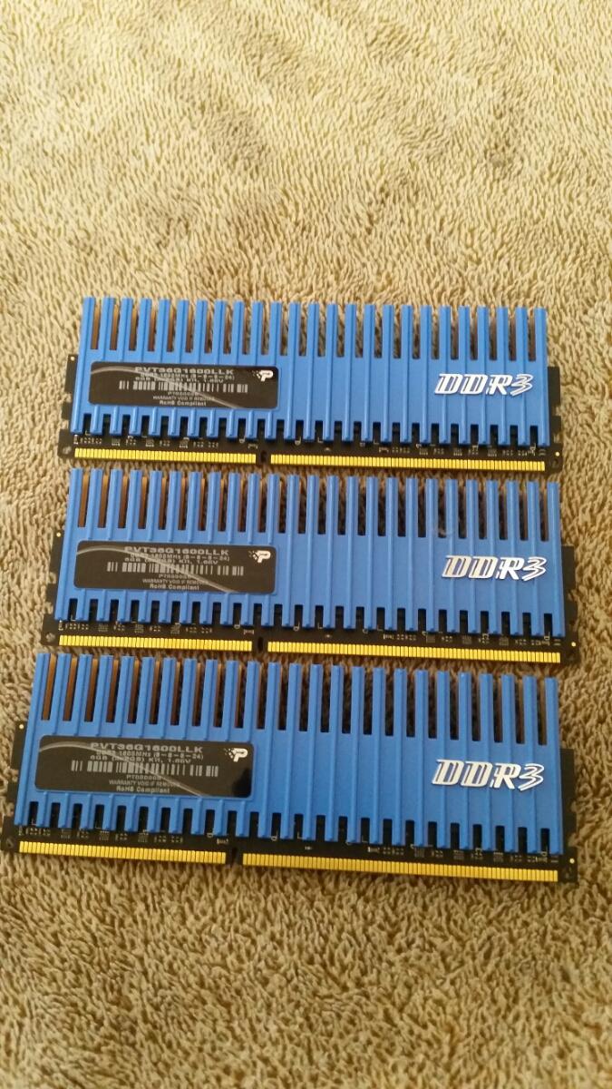 『まとめて』ANTEC PCケース Nine Hundred ATXミドルタワー DDR3 6GB ASUS P6T GEFORCE GTX200 TX650W PLEXTOR PX-755A_画像8