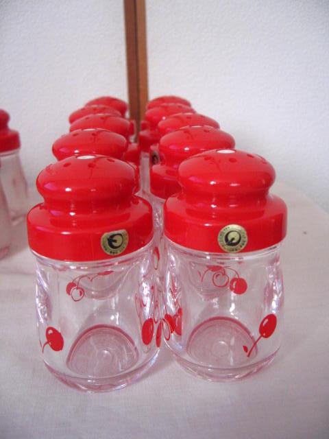 ◆塩・コショウ入れ 15個 爪楊枝入れ 15個 薬味入れ 4個◆業務用◆プラスチック製◆_画像5