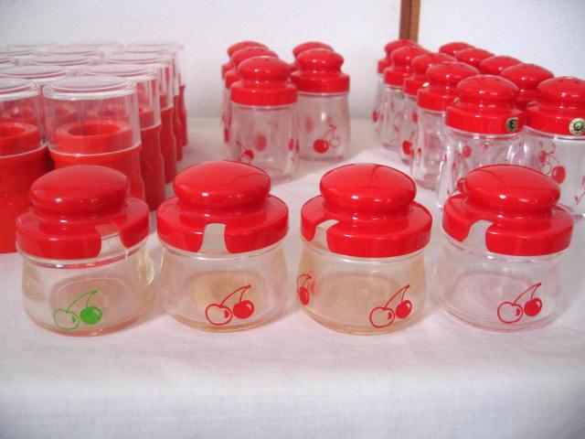 ◆塩・コショウ入れ 15個 爪楊枝入れ 15個 薬味入れ 4個◆業務用◆プラスチック製◆_画像3