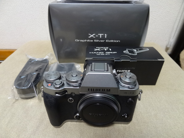 富士フイルム FUJIFILM X-T1 graphite silver グラファイトシルバー ボディ 本体