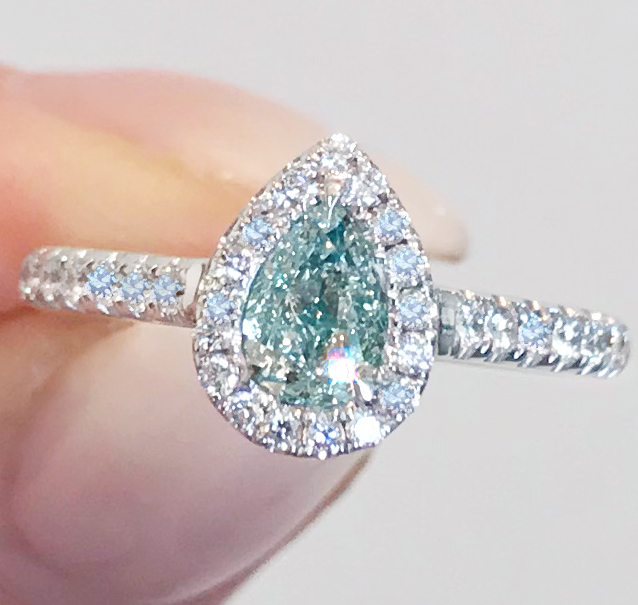 《BLUE DIAMOND》PT900 ダイヤモンド リング 天然ブルーダイヤ 0.524ct !SI2 最初で最後 VERY LIGHT BLUE AGT_画像2