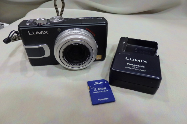 Panasonic パナソニックルミックス LUMIX DMC-LX1黒・試写OK・1GSDカード付・充電器付