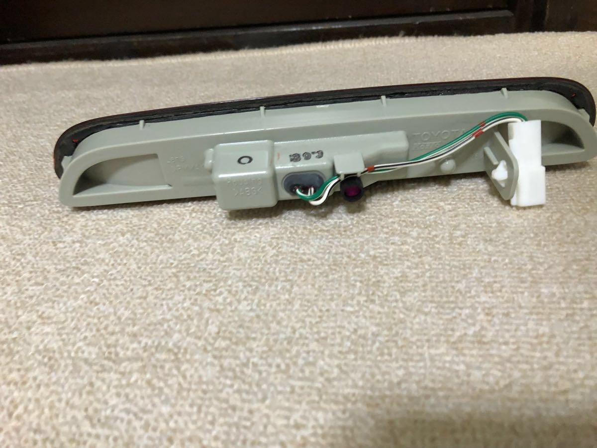 ハイエース 200系 純正 ハイマウント ストップランプ KOITO 26-122_画像2