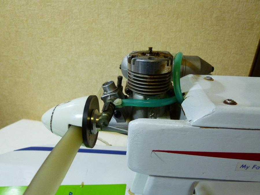 ラジコン式エンジンボート メーカー/型式不明 ジャンク品_画像7