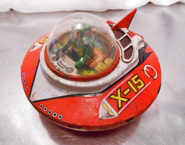 当時物 吉屋 UFO X-15 ヨシヤ製 円盤 ブリキ 玩具 現状品 フリクション 1960年代 昭和 レトロ ビンテージ トイ アンティーク おもちゃ レア_画像1