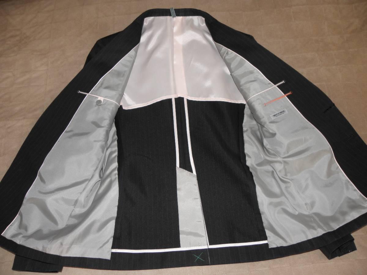 912 ミツミネ 黒のジャケット 細いストライプ 31500円★新品タグ付き M _画像5