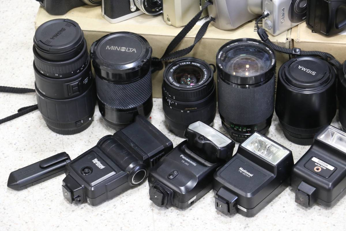 ジャンク カメラ レンズ 多数 ニコン キヤノン ミノルタ デジカメ 一眼レフ ストロボ 即決なら年末年始も発送できます。_画像9