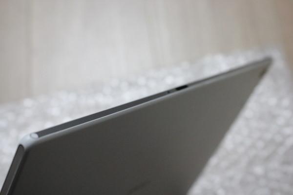 au Xperia Z2 Tablet SOT21 利用制限○ 32GB ホワイト 良品 中古 付属品あり タブレット エクスペリア 白 ソニー_画像3