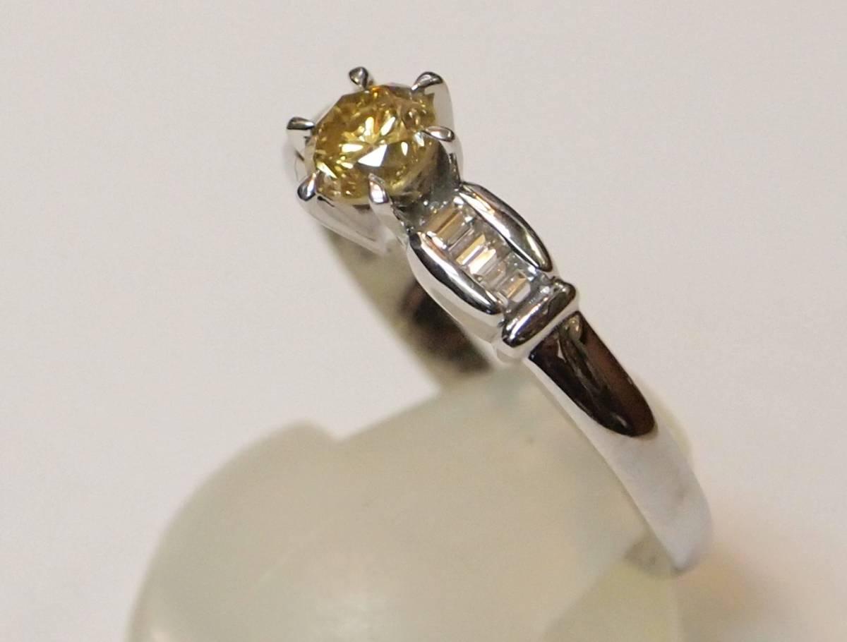 新品 鑑定書付き プラチナ900製 0.505ct ファンシー イエロー ウィッシュ オレンジ 天然ダイヤ リング/両側角ダイヤ0.17/Pt/黄色/定番_両サイドの角ダイヤも綺麗です。