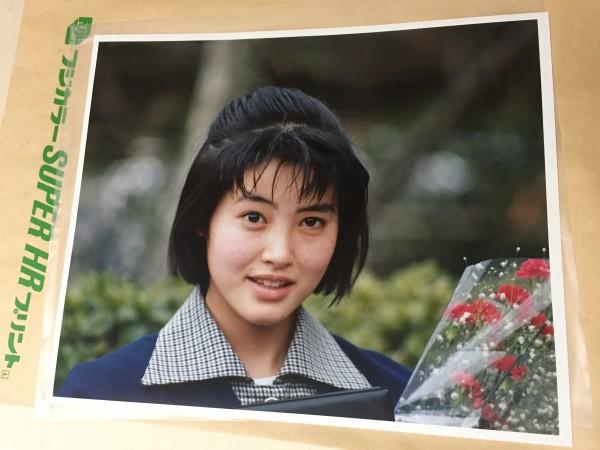 荻野目洋子さんの写真 80年代当時のもの(4ツ切り) OG1001SP