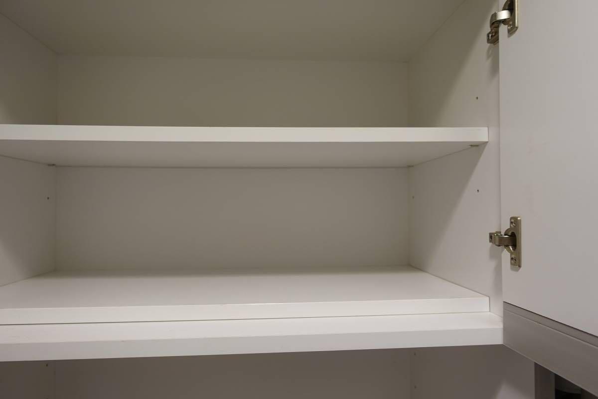 ランドリー収納棚 白 完成品★幅70cm、高さ180cm、奥行39cm 洗面所 洗濯_画像2