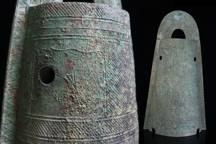 【縁】『特別委託出品』弥生時代 青銅製 廃寺放出品 袈裟襷文銅鐸 歴史的希少品 高さ53cm
