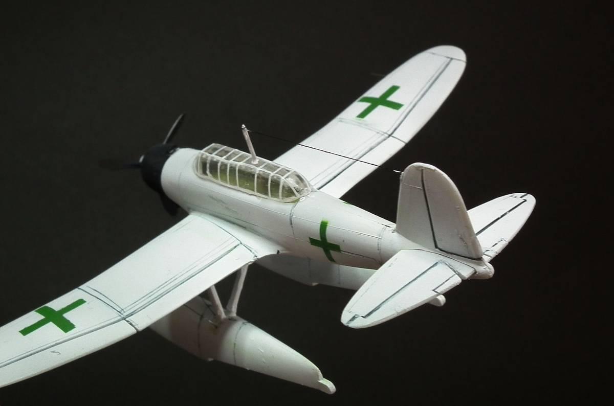1/144  零式水上偵察機 緑十字機 完成品_画像9