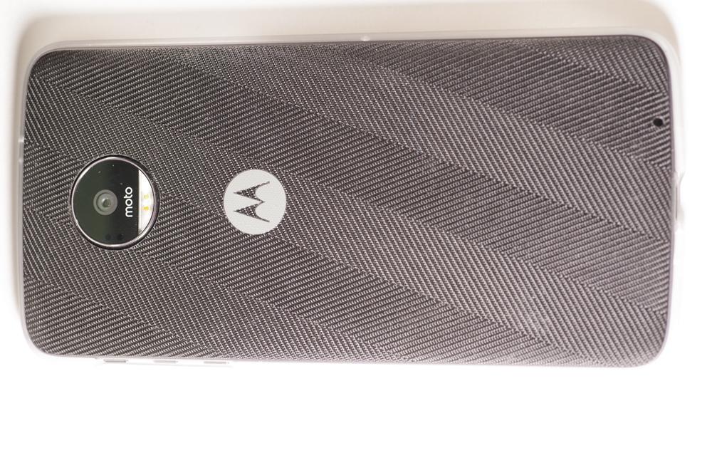 モトローラ Moto Z(SIMフリー海外版) + ハッセルブラッド True Zoom_画像4
